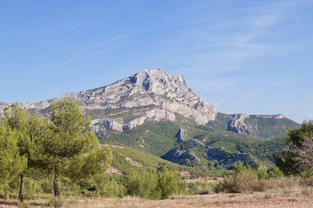 Agence SEO à Aix-en-Provence et la Sainte-Victoire